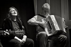 Kirsten Easdale & Gregor Lowry. Image, Steven Niblock.